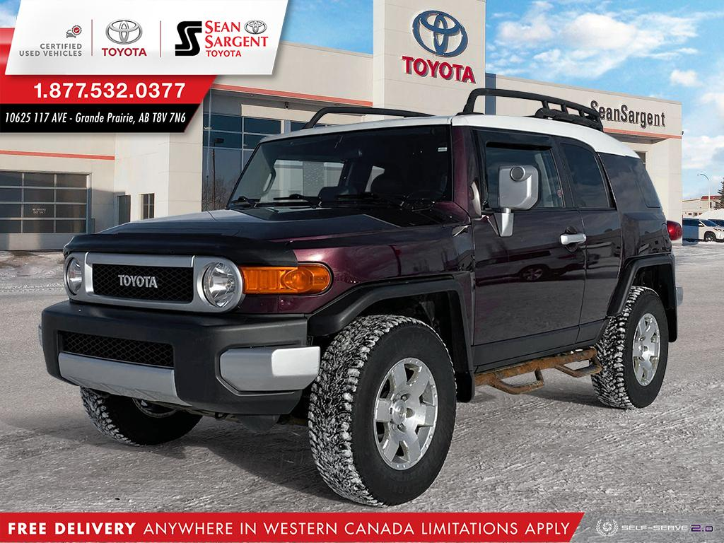 Pre-Owned 2007 Toyota FJ Cruiser C-Package